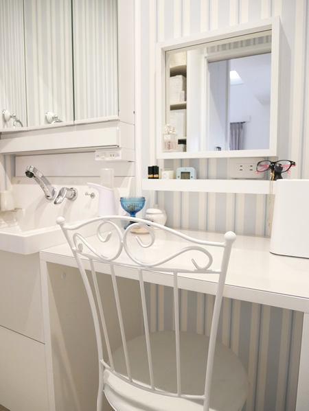 洗面台のメイクスペース