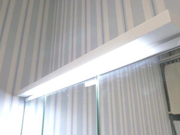 洗面台 LEDライト